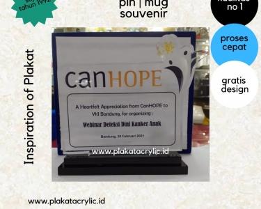 2 Contoh Plakat Akrilik Webinar